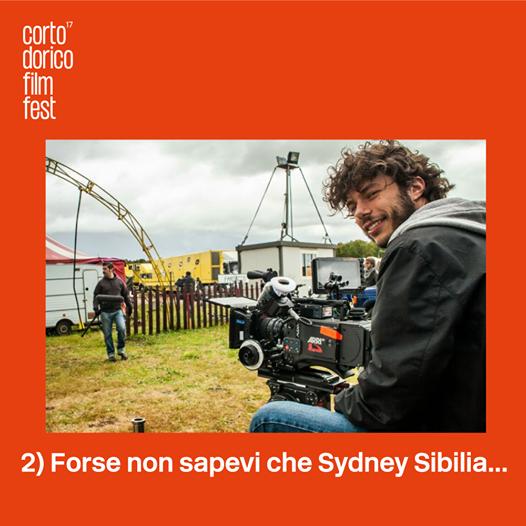 I NOSTRI STUDENTI A LEZIONE DAL REGISTA SYDNEY SIBILIA GRAZIE A CORTO DORICO FILM FESTIVAL
